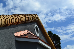 Moreno Roofing and Solar - San Jose, curved wodden shingle 021