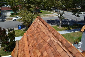 Moreno Roofing and Solar - San Jose, curved wodden shingle 020