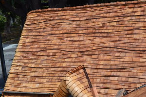 Moreno Roofing and Solar - San Jose, curved wodden shingle 023
